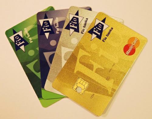Kreditní karta FIO umožní výběr z bankomatů zdarma a další výhody.