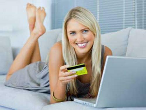Kreditní karta pro studenty od ČSOB = možnost získat kartu s limitem 20 tisíc korun pro studenty středních nebo vysokých škol.